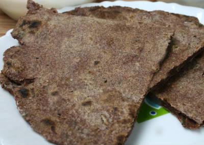Ragi and Milk Roti