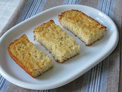 rava cake - Apple Rava Cake