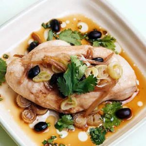 Steamed Chicken with Soy and Leek Sauce