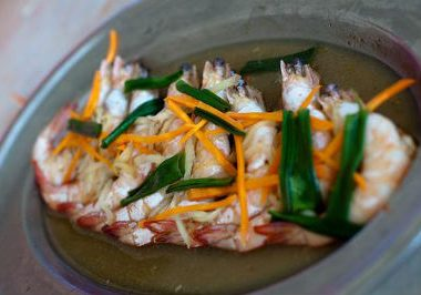 steamed prawns ginger 380x266 - Steamed Prawn with Ginger