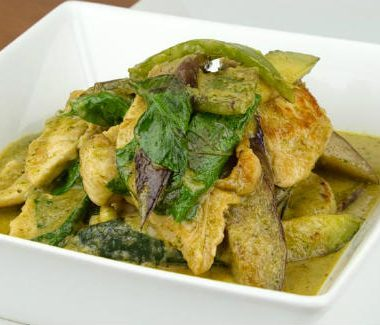thai green chicken curry 380x325 - Masala Cashews