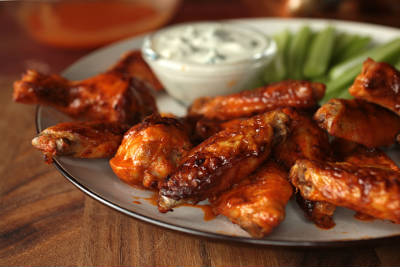 baked buffalo chicken wings - Baked Buffalo Chicken Wings