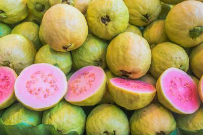red guavas - Guava Pickle