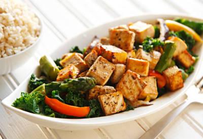 Garlic Pepper and Tofu Stir-Fry