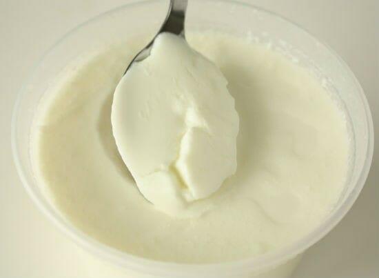 plain yogurt - 11 Foods that Increase Metabolism