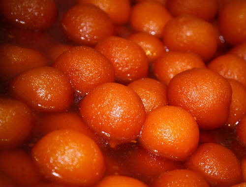 gulab jamun - 20 Must Have Diwali Sweets and Snacks