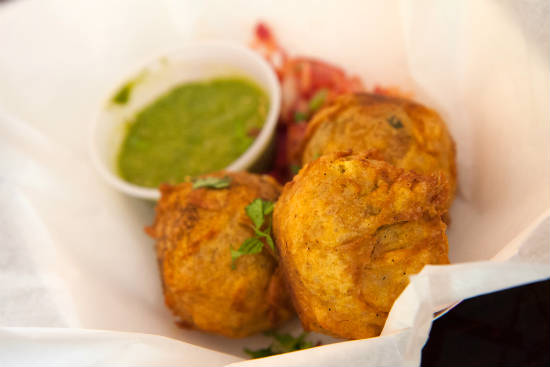 batata vada - 15 Popular Indian Appetizers and Snacks