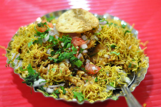 bhel puri - 15 Popular Indian Appetizers and Snacks