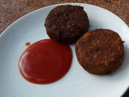 cutlet with ketchup - Drumstick Cutlet