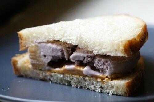 icecream bread sandwich - ஐஸ்கிரீம் பிரட் சாண்ட்விச்