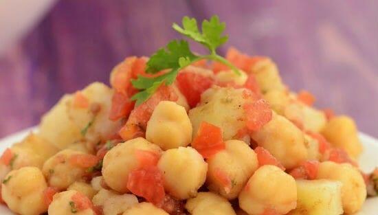 chana potato salad - சென்னா உருளைகிழங்கு சாலட்
