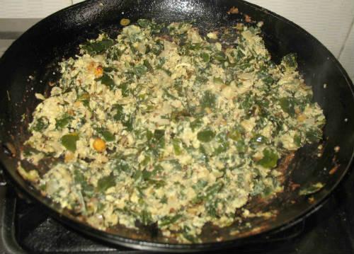 Drumstick Leaves Egg Poriyal