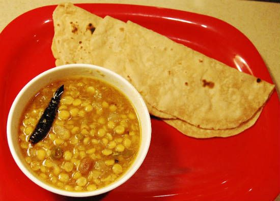 cholar dal with roti - 25 Popular Navratri Vrat and Durga Puja Recipes