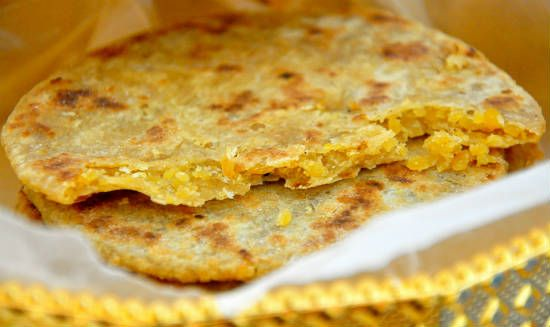 puran poli - 25 Popular Navratri Vrat and Durga Puja Recipes