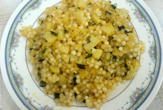 sabudana khichdi - 25 Popular Navratri Vrat and Durga Puja Recipes