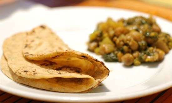 chapati with sidedish - Oats Chapati
