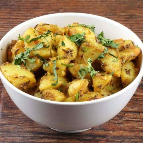 Potato Onion Fry / Sukha Aloo