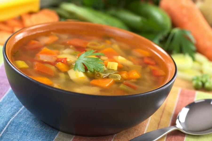 vegetable soup in bowl - வெஜிடபிள் சூப்