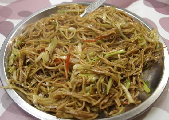 Noodles with Stir-Fried Chilli Vegetables