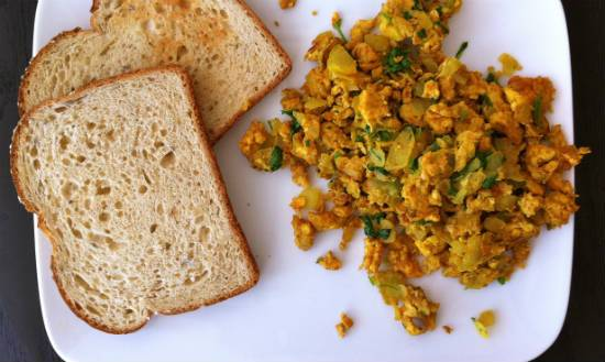 masala scrambled eggs - Masala Scrambled Eggs