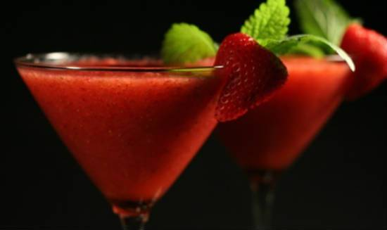 strawberry gin martini - Strawberry Gin Martini