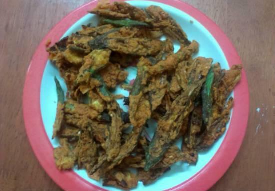 Vendakkai Pakoda (Bhindi Pakora)