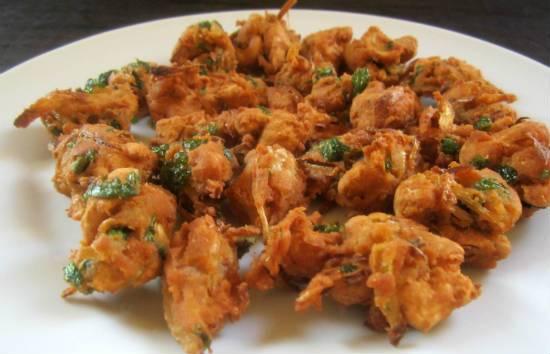 cashew mint pakoda - Cashew Mint Pakoda