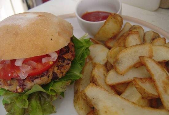 kidney bean burger - Kidney Bean Burger (Rajma Burger)