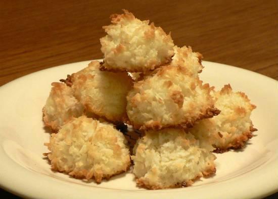 coconut macaroons - Coconut Macaroons