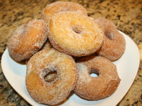 cinnamon doughnuts - Cinnamon Doughnuts