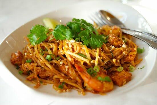 shrimp pad thai - Shrimp Pad Thai