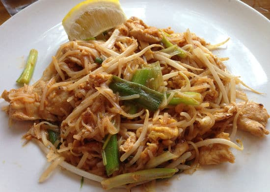 chicken pad thai - Chicken Pad Thai