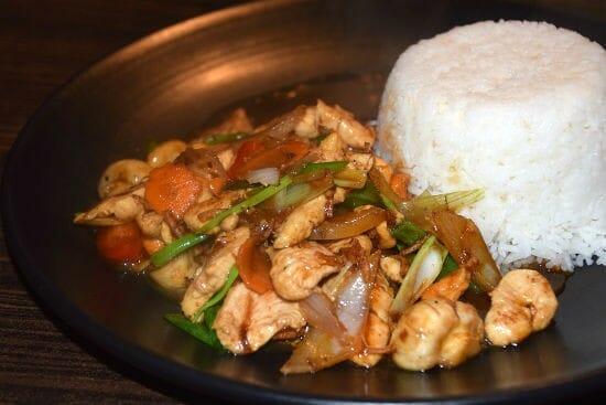 thai stir fried chicken - Thai Stir-Fried Chicken