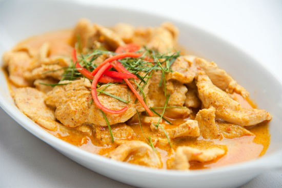 coconut  tamarind chicken curry - Coconut & Tamarind Chicken Curry