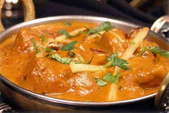Murgh Pista Korma (Chicken and Pistachio Curry)