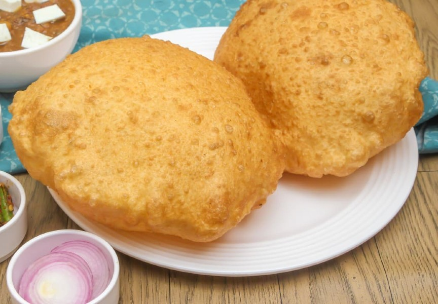 chola poori - Bhature (Chola Poori)