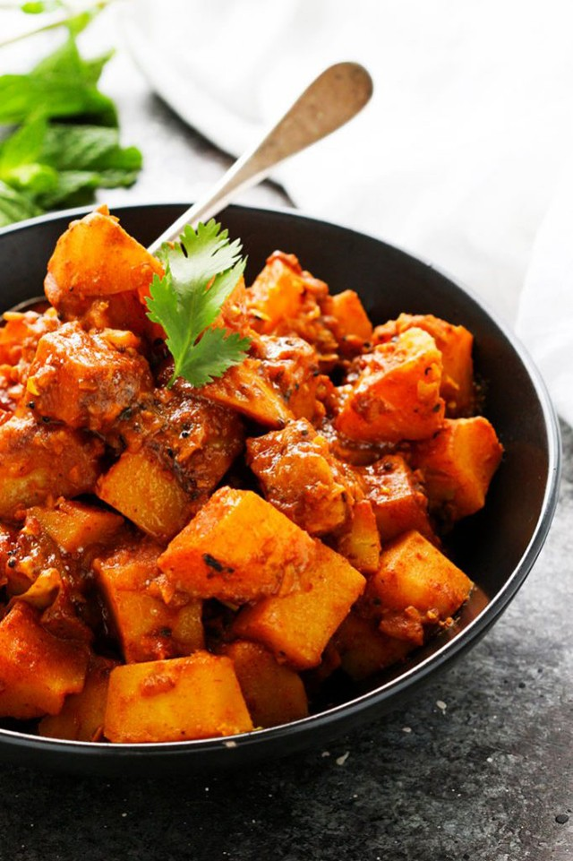 potato vindaloo - Aloo Vindaloo