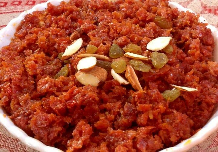 gajar ka halwa - 10 Popular Indian Recipes This Winter