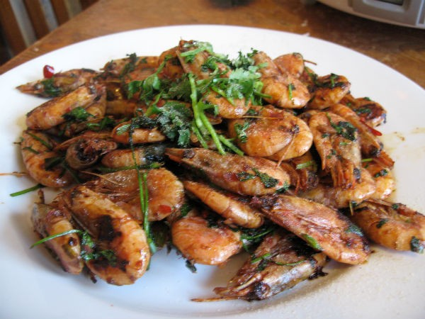 spicy fried prawns - Jhinga Akbari