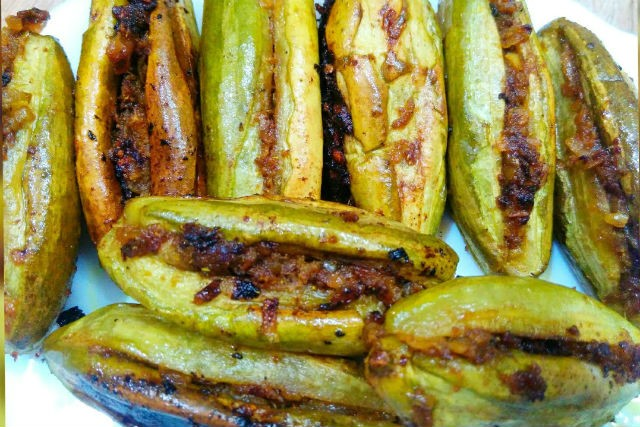 stuffed pointed gourd - Bharwa Parval