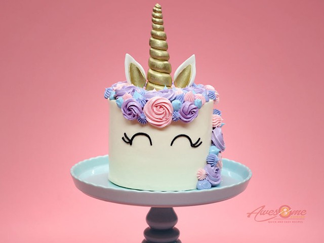 unicorn cake 01 1 - 10 Most Searched Foods of 2018