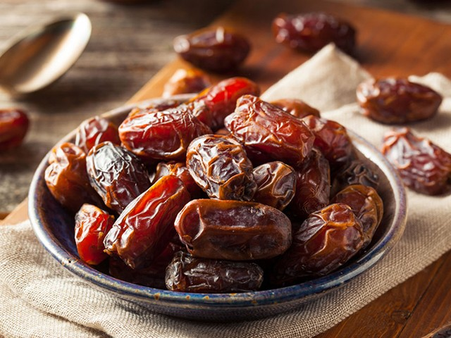 Dates - 7 Foods That Could Prevent Cancer