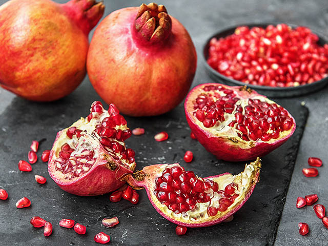 Pomegranate - 7 Foods That Could Prevent Cancer