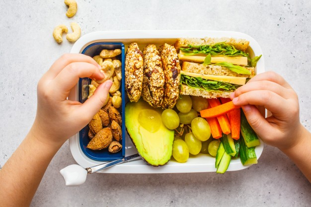 healthy lunch box - A Teenager's Nutritional Needs