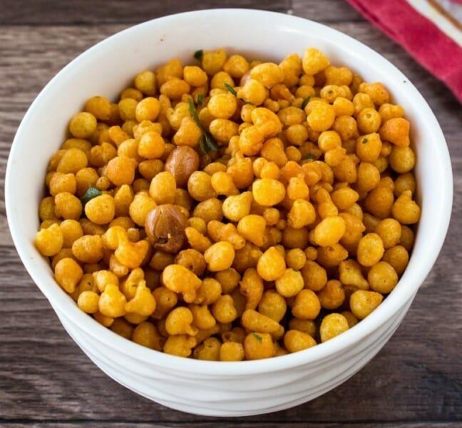 kara boondi - 23 Must Have Diwali Sweets and Snacks