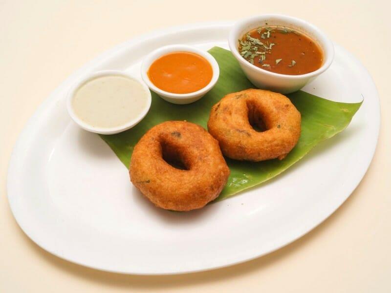 medhu vada - 23 Must Have Diwali Sweets and Snacks