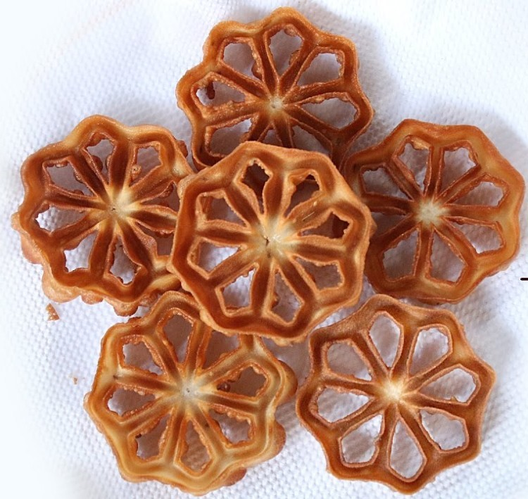 Rose Cookies / Achapam