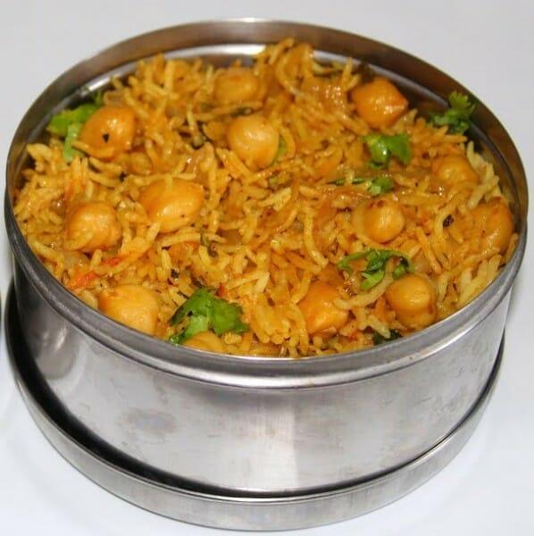 channa dum biryani - சென்னா தம் பிரியாணி