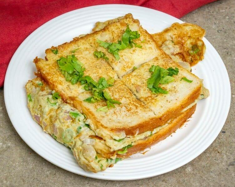 bread omelette - Bread Omelette