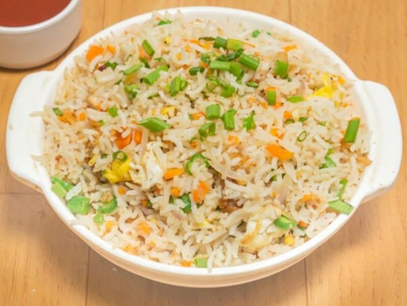 chicken fried rice - சிக்கன் ஃப்ரைட் ரைஸ்